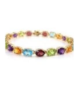 bracelet is made in gold 14kts