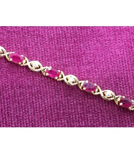 Ruby and diamonds bracelet in 18 kt gold