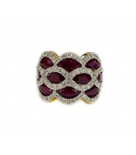 18 KTS BICOLOR GOLD RING WITH RUBY AND DIAMONDS