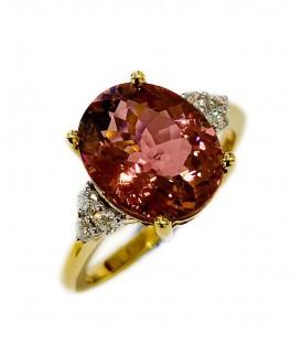 Sortija de Turmalina con diamantes montada en oro amarillo 18 cts