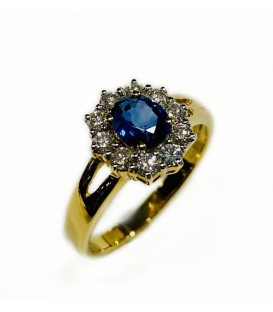 18 kts yellow gold blue sapphire and diamond cluster ring