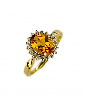 18 KTS GOLD RING WITH CITRINE TOPAZ AND DIAMONDS